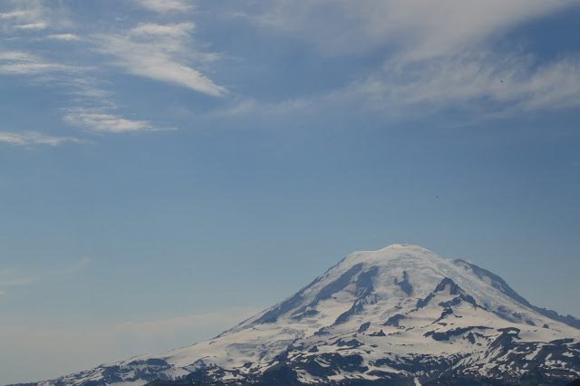Mt. Rainier from the east - cultivatedrambler.com